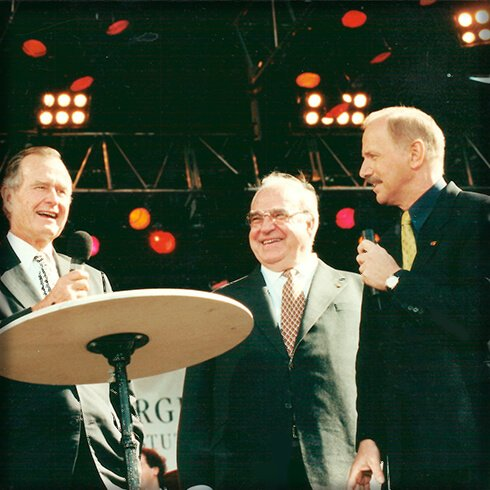 Wieland Backes, George W. Bush, President, Helmut Kohl, Kanzler, Nachtcafé, Biographie, Biografie, Auf der Couch, Ich trage einen großen Namen